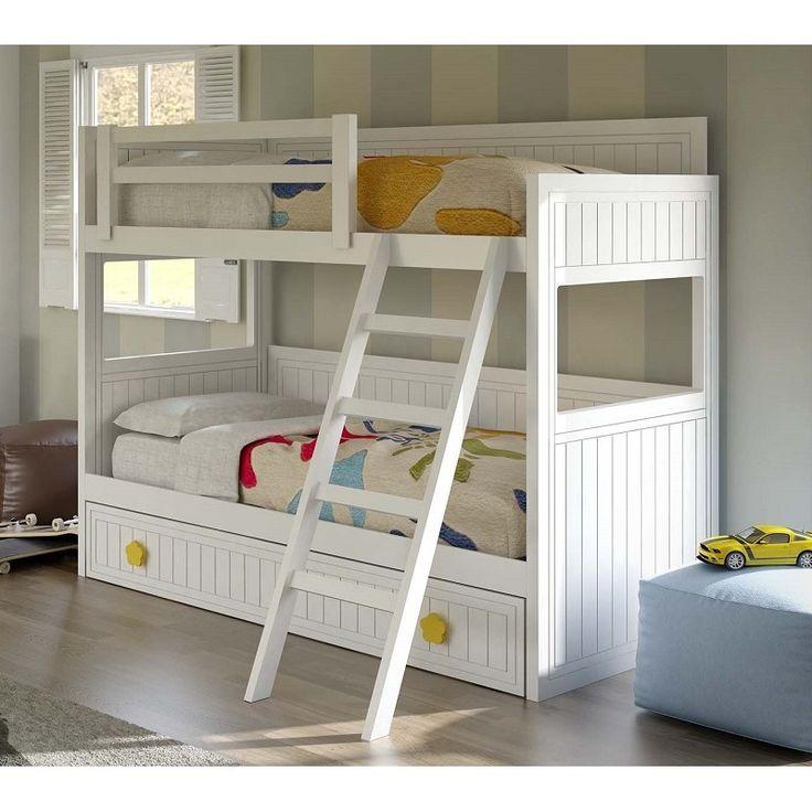 Muebles para el dormitorio juvenil.Literas de gran fortaleza con hueco, cajones o tres camas. Litera lacada en blanco.
