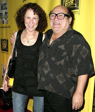 Danny DeVito and Rhea Perlman  The former Cheers actors have been married since January 28, 1982.