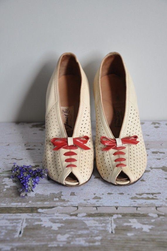 how I wish these were in my size! #vintage #1940s #shoes