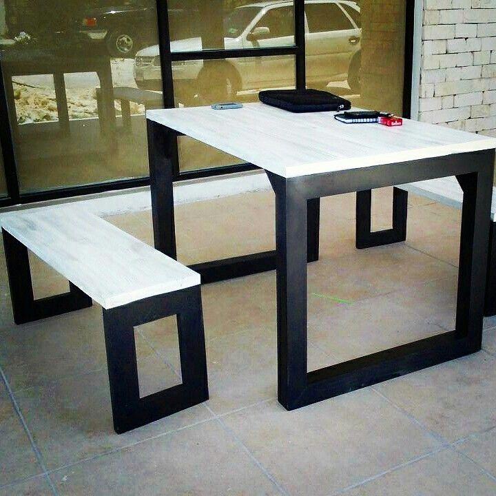 Mesa de pallets con banca dise o contemporaneo mueble de for Diseno de muebles con madera reciclada