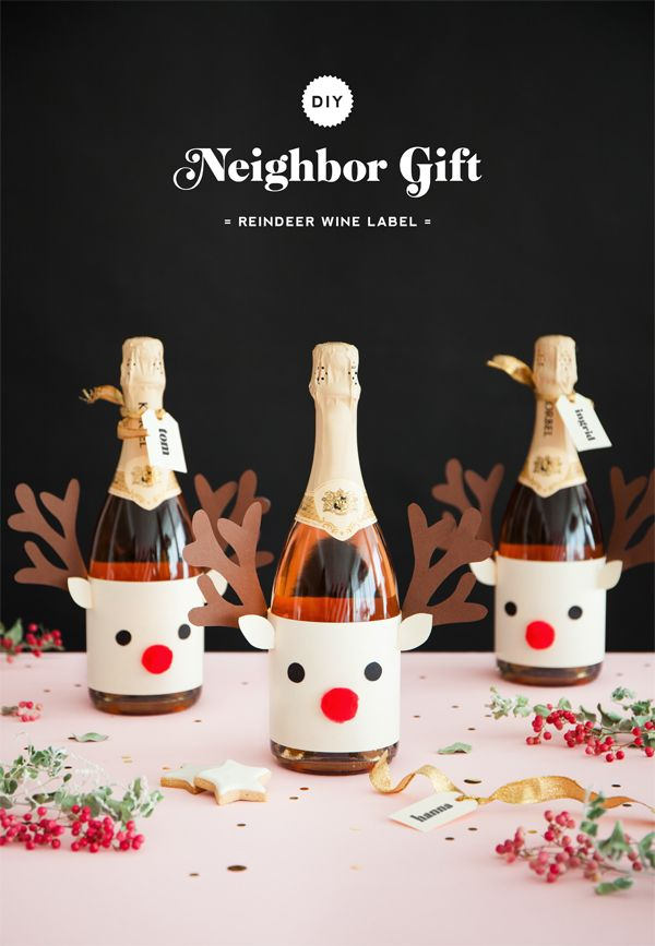 Neighbor Gift: Reindeer Wine Label | Oh Happy Day!