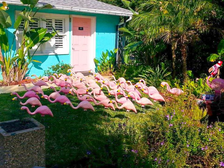 Escape the cold with this kitschy, Floridian winter getaway to Jacksonville Beach | @offbeathome