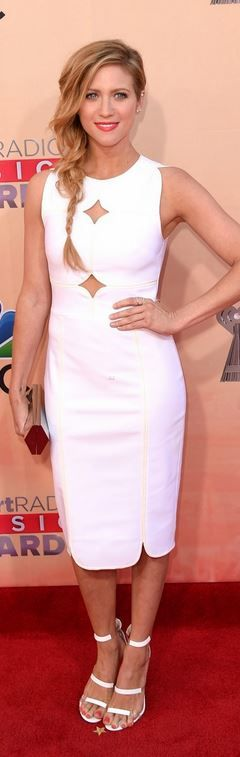 Who made Brittany Snow's jewelry, clutch handbag, sandals, and white cut out…