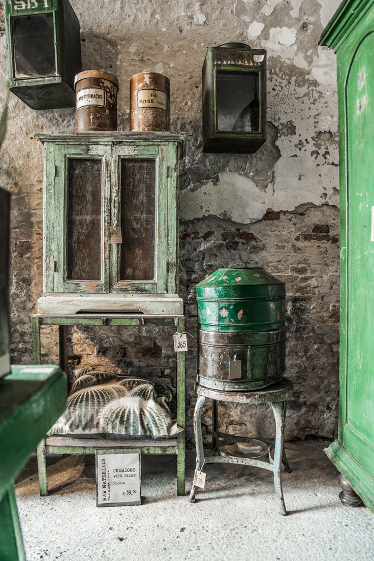 Zimmer im paris-stil  best dark images on pinterest  home ideas homes and vintage decor