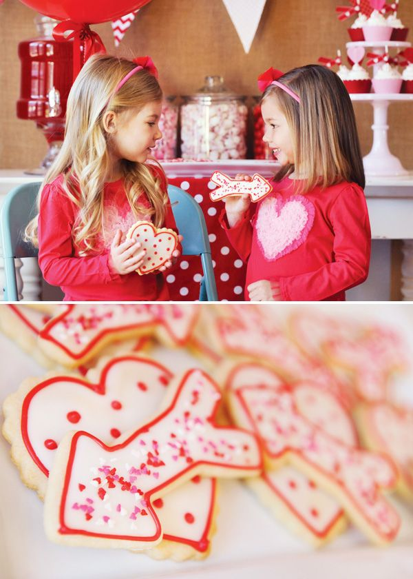 """Hostess with the Mostess®Hugs, kisses and hearts… oh my! This """"Be My Valentine"""" Partyhas tons of sweet & simple ideas for a love-filled party for the kids!Alicia & BetseyofHappy Wish Companyloaded up on red, pink & white candy, decorations and more adorable love-themed party ideas! PARTY HIGHLI"""