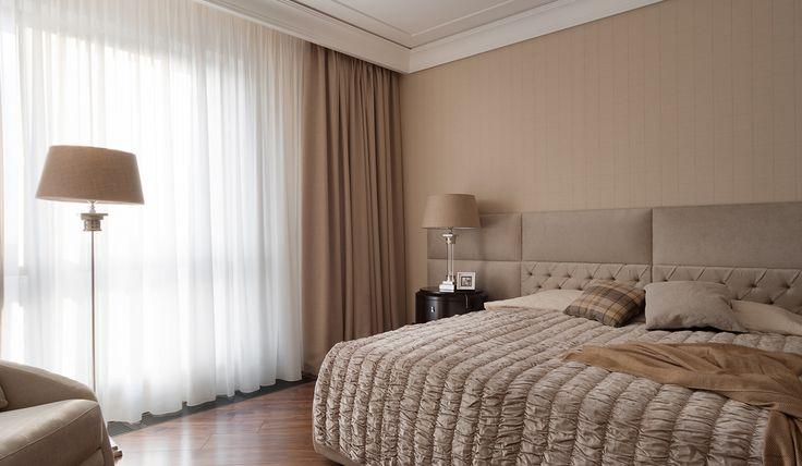 Спальня, кровать с мягким изголовьем