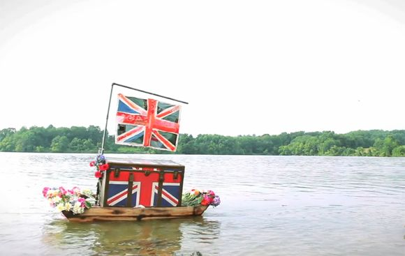 Video: We've Crossed The Pond! Our UK Site Is Live http://blog.freepeople.com/2012/11/video-crossed-pond-uk-site-live/