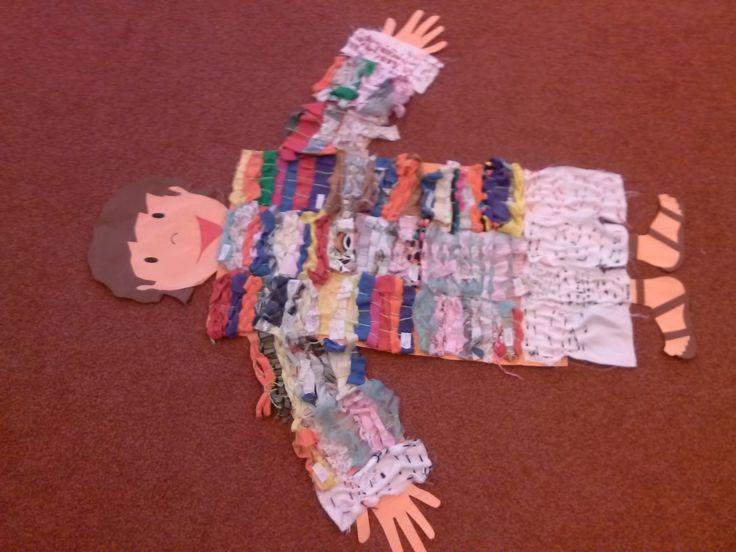 we weven en borduren samen  de jas van Jozef.