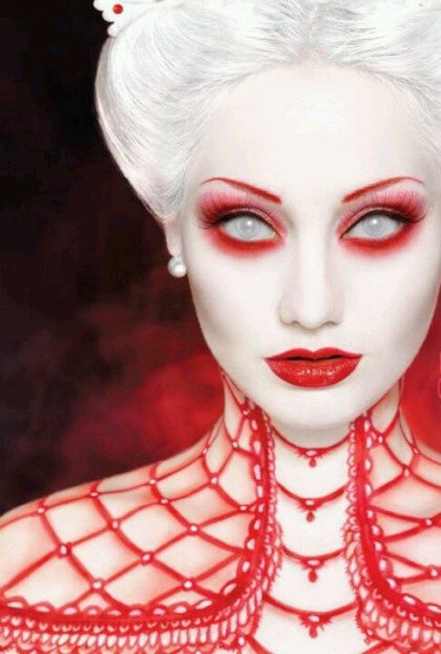 black and white halloween makeup ideas | Red and White Queen Halloween Makeup