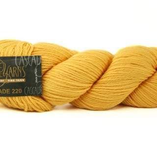 Kamilla Svanlunds favvo, passar bra till flätstickning sr.4-5 mm Cascade 220 Wool 9463B Gold