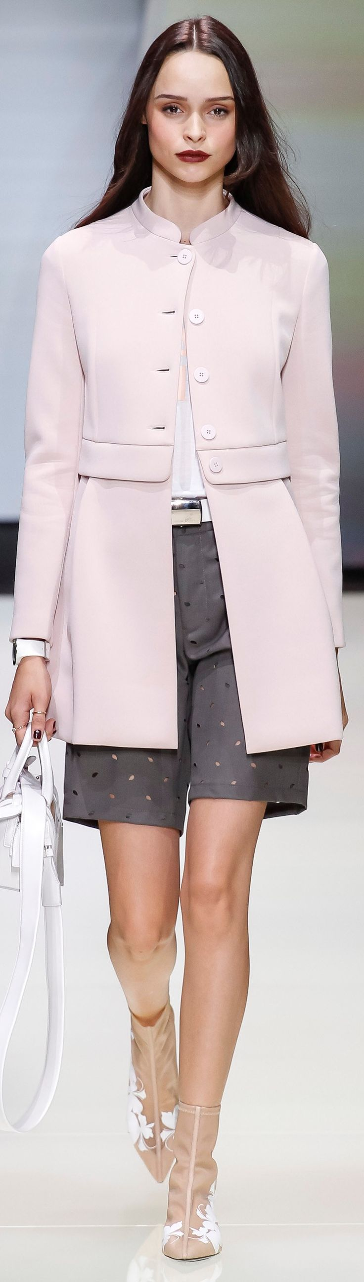 Emporio Armani SPRING 2016 READY-TO-WEAR