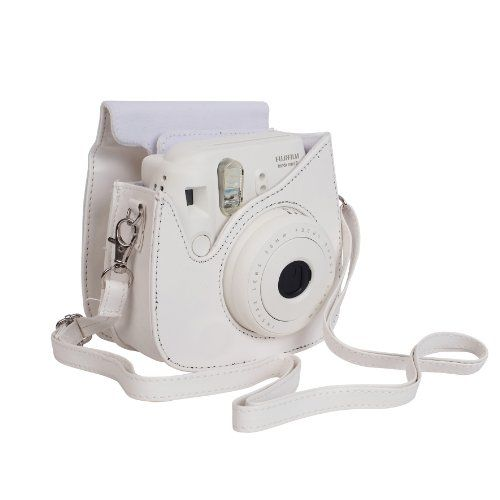 Fujifilm White Case for Fuji Instax Mini 8 Camera FujiFilm http://www.amazon.co.uk/dp/B00I18L5RK/ref=cm_sw_r_pi_dp_sWyiub0NKX8TV