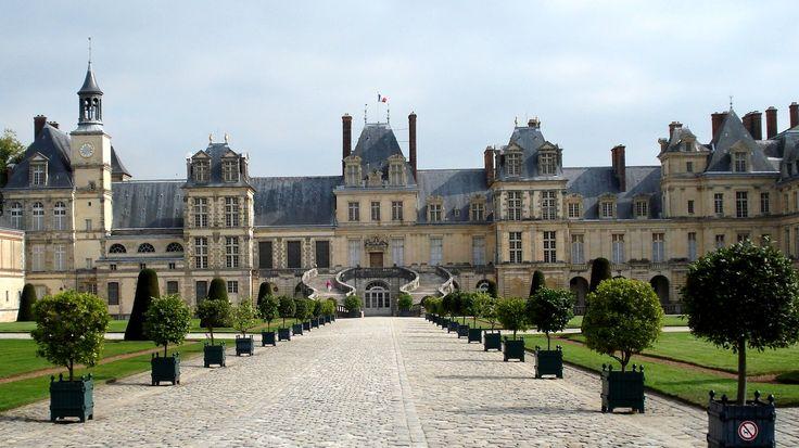 Renaissance architecture france fontainebleau cour d for Hotel fontainebleau france