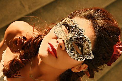 MasqueradeBall Gowns, Venetian Masks, Masque Ball, Masquerades Parties, Masks Masquerades, Carnivals, Beautiful, Curls, Hair Masks