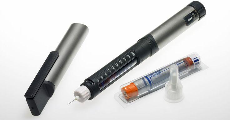 Como mudar de Levemir para Lantus. Lantus e Levemir são dois tipos de insulina de longa ação conhecida como insulina basal. Os diabéticos em tratamento com injeção de insulina tipicamente administram uma dose de insulina basal duas vezes ao dia para fornecer uma pequena quantidade contínua de insulina para o corpo ao longo do dia e da noite. O Lantus é composto por glargina ...