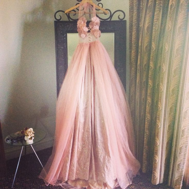 https://www.facebook.com/pages/Damsel-in-this-dress/76888014724