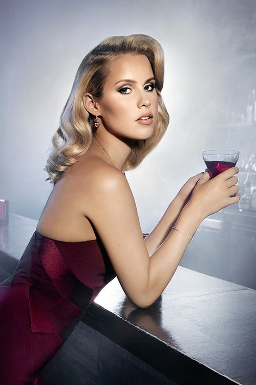 Claire Holt - Wow she looks Amazing in this photo ! Miss her on TVD & The Originals.