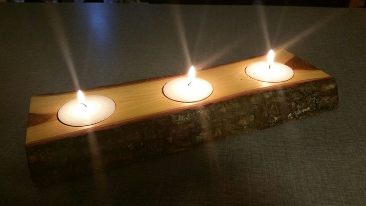 Candle stick in elm for 3 tea light in king size.