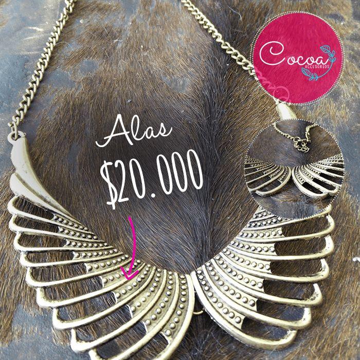 Hermoso y original collar de alas! su precio: $20.000 #accesorioscocoa #cocoaccesorios #accesoriosdemoda