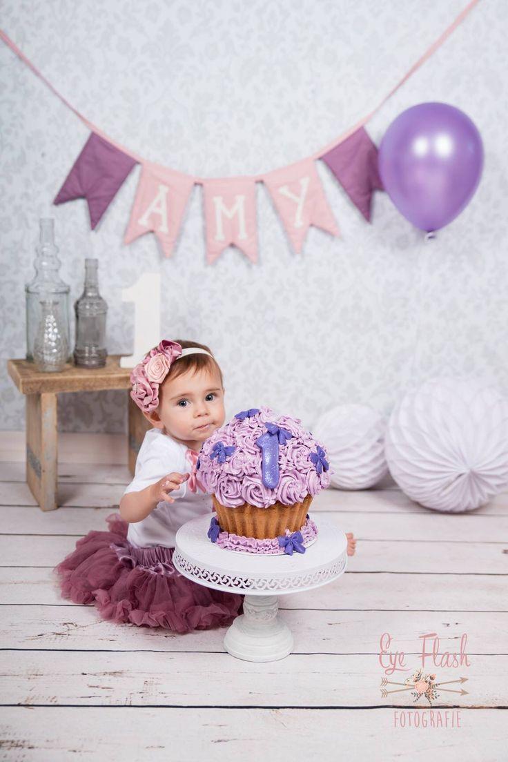 #cakesmash #amy #girl #jarig #hoera #meisje # taart #1jaar #one #cake #smash