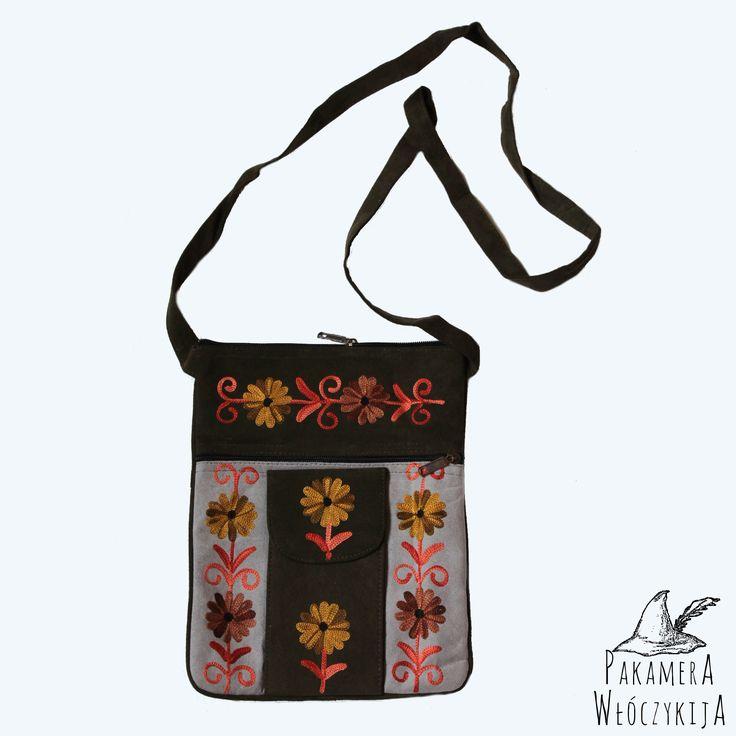 Kashmere bag with a pocket