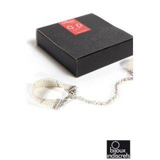 White Pearl Handcuffs: http://www.secretbite.com/White-Pearls-Bracelets-Hancuffs