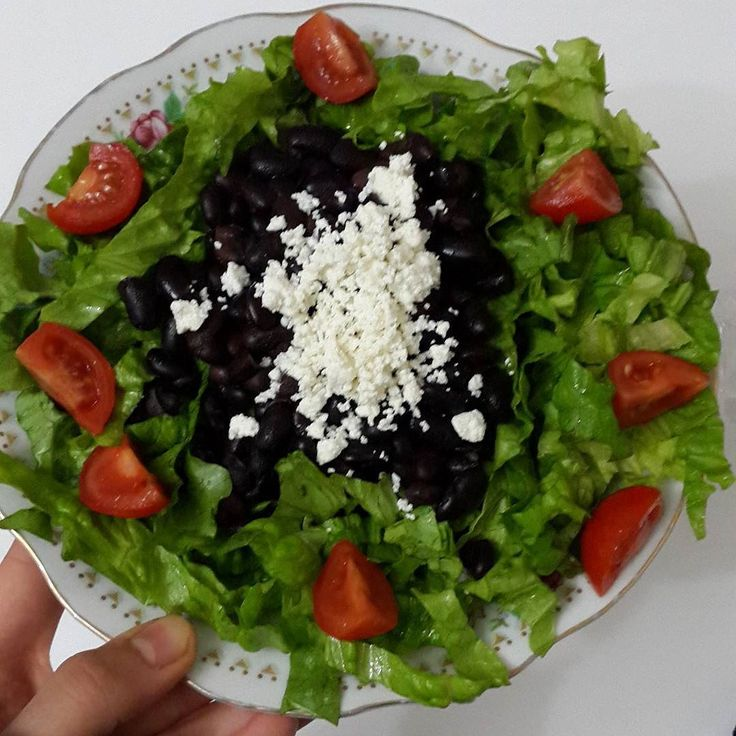 Siyah fasulyeli salata yaptimm!#healthymeal #healthychoices #eathealthy #cleaneating #eatclean #dinner #saglikliyasam #sagliklibeslenme #rejimdeyiz #diyetteyim #diyetteyiz #healthyfood #rejim #skinnygirl #motivation #supergirl #healthyliving #fitfam #weightloss #hafifyemeli #fityasam #fitgirl #instafit #instapic #justdoit #traindirtyeatclean #traindirtyfeelgood #fitness #lifestyle by foodgoodeat