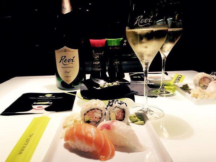 L'aperitivo del mercoledì firmato Zushi   #revì #trentodoc #aperitivo #zushi #sushi #zushitrento #trento #trentino #visittrentino #bolla #bollicine #bollicina #trentinogusto #trentinolovers #trentinodavivere #vignaiolideltrentino #trentobynight #igerstrentino #wine #food #vino #gastroart #chefstalk #tastingtable #theartofplating #sushitime #zushisushi #reví #Revi #winetasting  Follow us:  web: http://bit.ly/1j8YFo5  fb: http://bit.ly/1j8YFo5   Revì Trentodoc quando tecnica e magia si…
