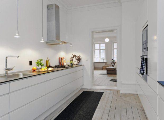 Minimalistyczna, biała kuchnia