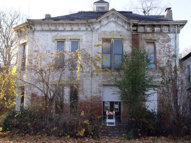 Abandoned Frank L Sommer house. Sommer owned the bakery that created the saltine cracker before merging with another bakery and becoming Nabisco. St. Joseph, Missouri.
