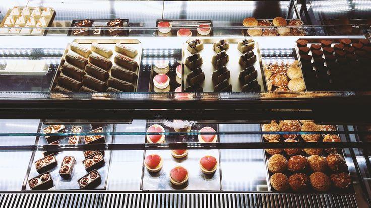 Cioccolato artigianale: come e dove conservarlo al top #chocolate #praline #cioccolato #vetrine #refrigerazione #FB #showcases