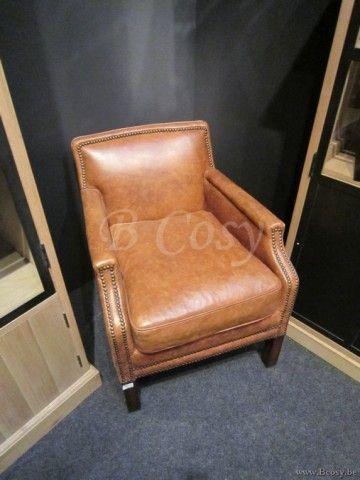 25 beste idee n over lederen fauteuils op pinterest vintage open haard lederen stoelen en - Poef personnes ...