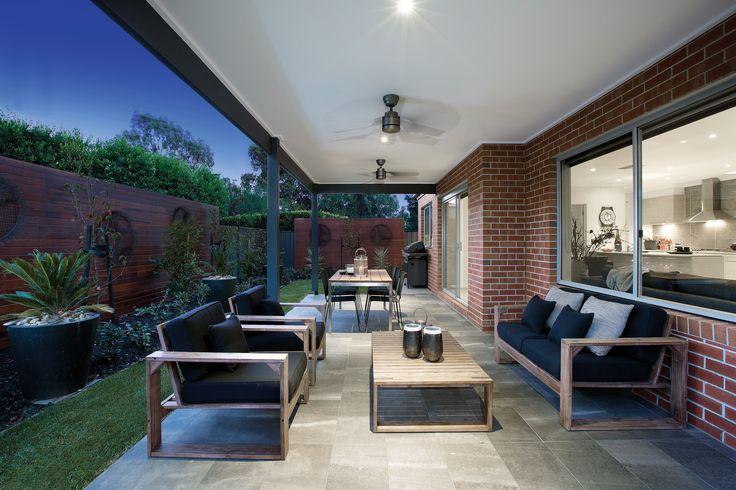 Livingstone 20 with Boston World of Style (Designer Category)