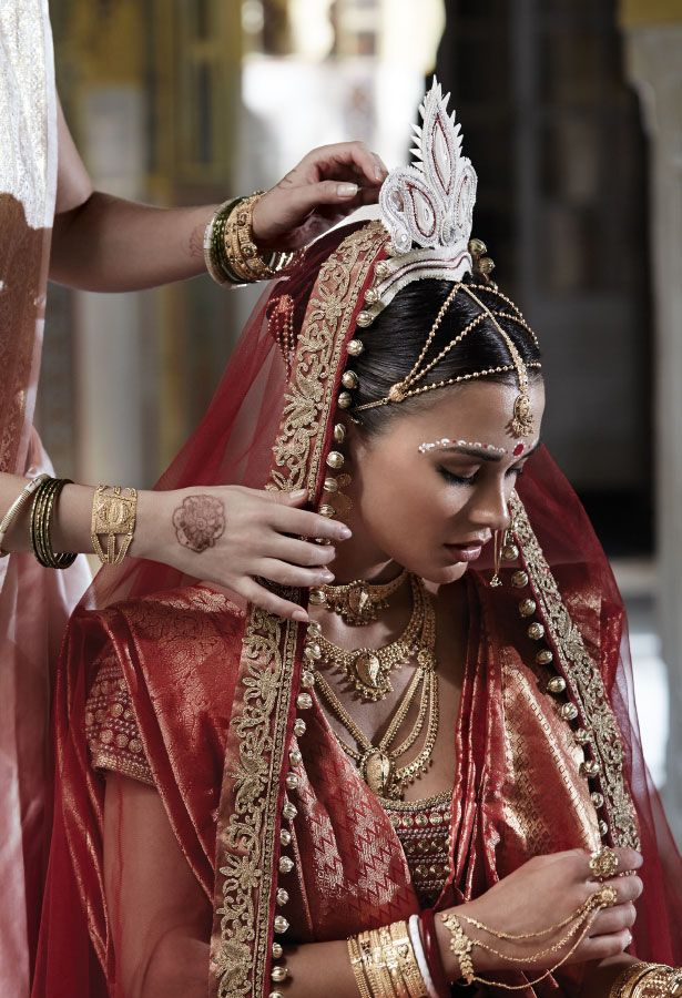 Tanishq Bengali Bride Wedding Jewellery Collection(2)