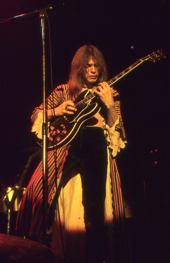 Steve Howe...just saw him last night, and at 66, he is AMAZING!!!!!!!