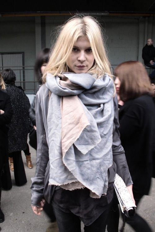 Clemence Poesy Street Style, Fashion Models, Style Inspiration, Big Scarves, Fall Fashion, Cars Accessories, The Mode, Scarf, Clemence Posey