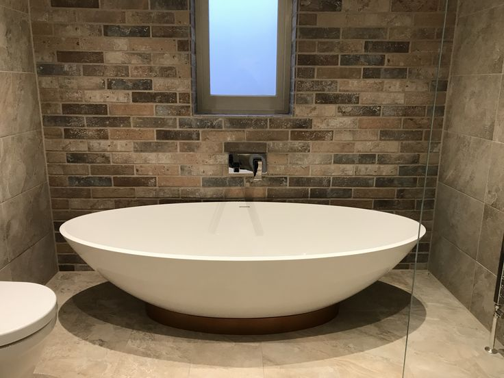 Top marks to our bathroom fitters for this one 👍 Great installation and a really nice design. Give us a call on 01279 723555 for any enquiries.