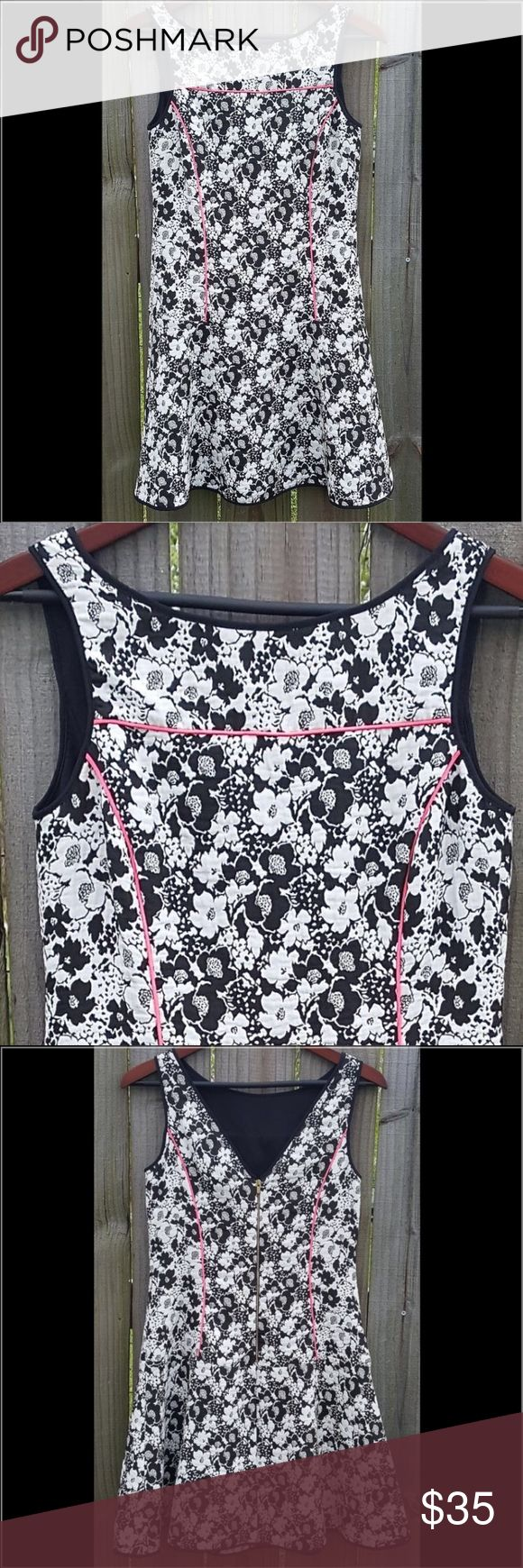 Banana Republic Floral Print Dress Sleeveless fit and flare dress with black and white floral print with neon pink piping detail. Back zipper. Material: 51% Rayon; 49% Poly Banana Republic Dresses