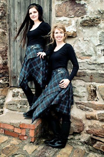 Midi-tartan skirt, Scottesque