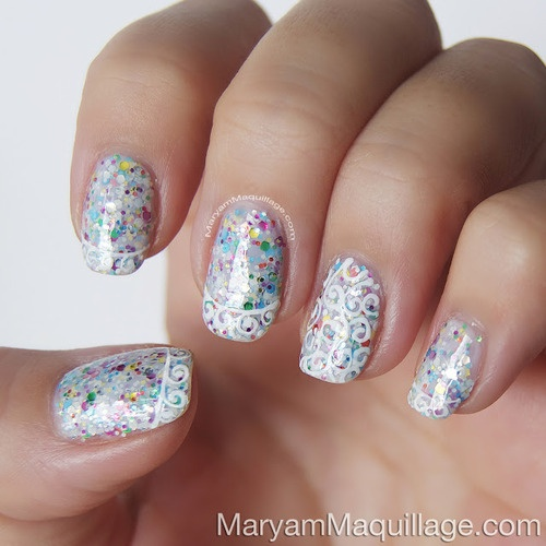 I'm guessing Deborah Lippman nails polish in happy birthday or a dupe? Anyway- Gorgeous nails to go with sequins!