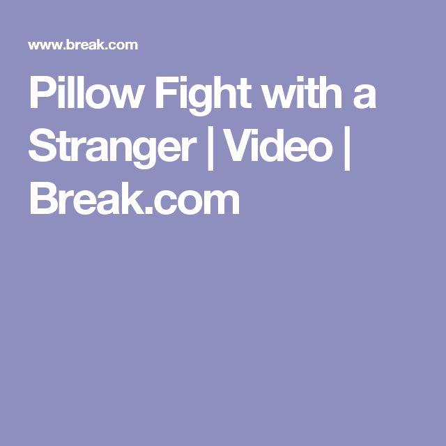 Pillow Fight with a Stranger   Video   Break.com