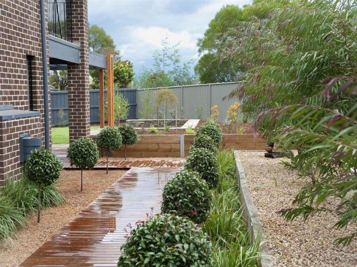 Les 25 meilleures id es concernant am nagement paysager de paillis sur pinterest paysage des for Idee jardin devant maison