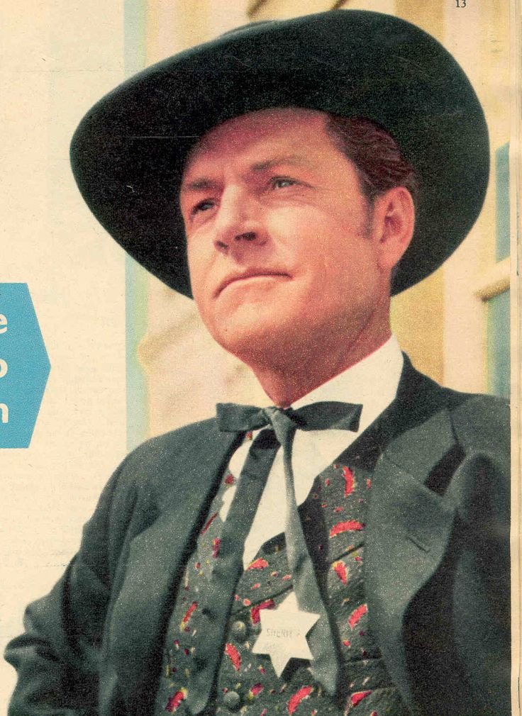 Kenneth More in The Sheriff of Fractured Jaw