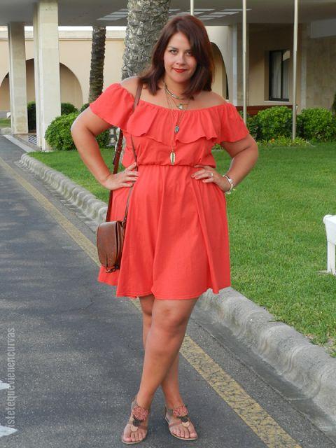 VÍSTETE QUE VIENEN CURVAS: La Mujer de Rojo (anaranjado) · Outfit