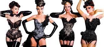 vestuario pelicula burlesque - Buscar con Google