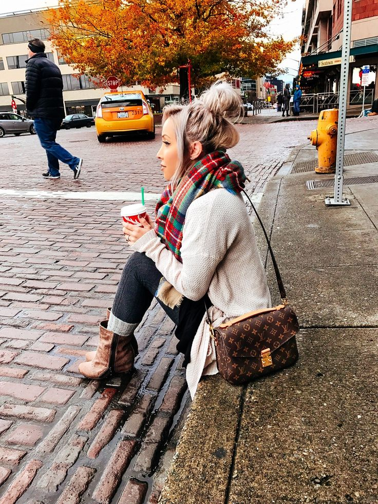 Blondie in the City | Exploring Seattle | Fall Fashion