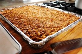 The Pioneer Woman's chocolate dipped granola bars