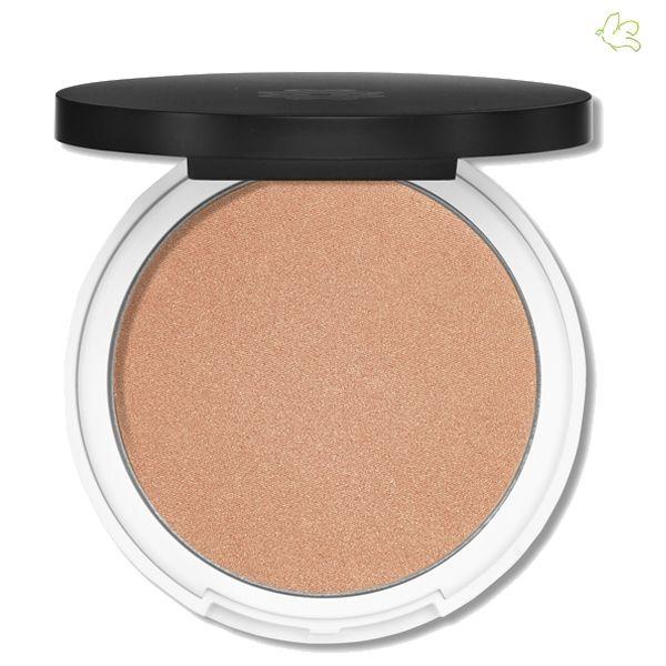 Lily Lolo - Enlumineur de Teint Mineral Compact Illuminator Bronzed Une poudre compacte précieuse pour illuminer le visage! L'Enlumineur de Teint Lily Lolo est une poudre minérale fine irisé qui refléte la lumière et illumine le maquillage tout en subtilité. Il est l'atout indispensable pour un teint lumineux. 19,50€ #lilylolo #mineral #bronzer #poudre #naturel #illuminer #highlighter #officinaparis #vegan #beauty