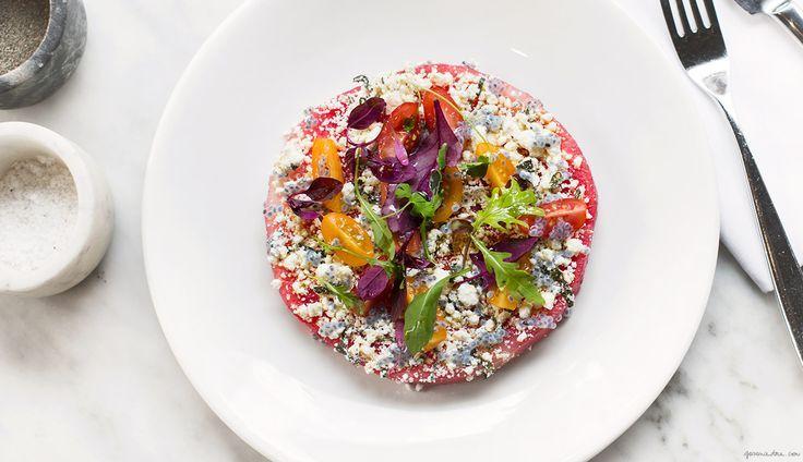 ... et autres inspirations estivales qui ont du goût.      Salade de courgettes, maïs et feta à retrouver ICI      Salade de tomates, frais...