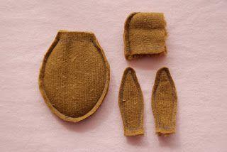 Eerste benodigdheden/ First things you need     Buisverband 3cm breed en 12cm lang/ Tubelar bandage 3cm wide and 12cm long   Wit garen/ Whi...